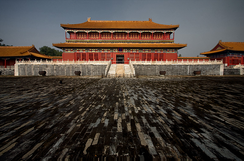 A building in the Forbidden City empty after showers. - Beijing, China - Daily Travel Photos