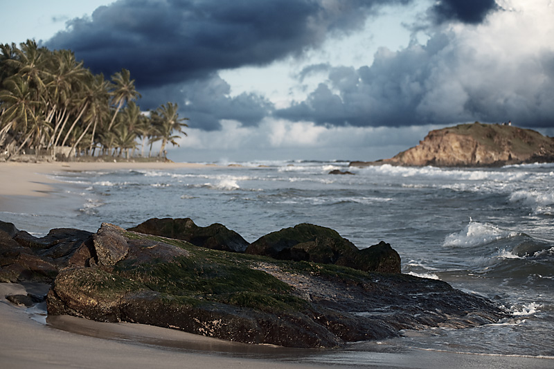 A view to the Indian Ocean from a Sri Lankan beach. - Ella, Sri Lanka - Daily Travel Photos