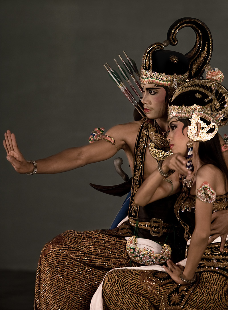 An actor in a Hindu epic, Ramayana performance. - Jogjakarta, Java, Indonesia - Daily Travel Photos