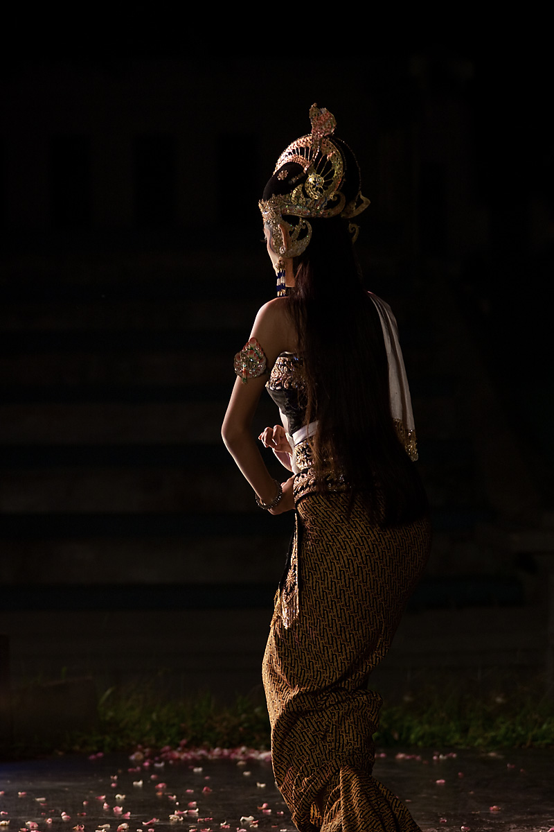 Sita of the Hindu epic, Ramayana during a performance. - Jogjakarta, Java, Indonesia - Daily Travel Photos