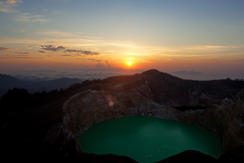 Kelimutu colorful volcanic crater lakes. - Moni, Flores, Indonesia - Daily Travel Photos