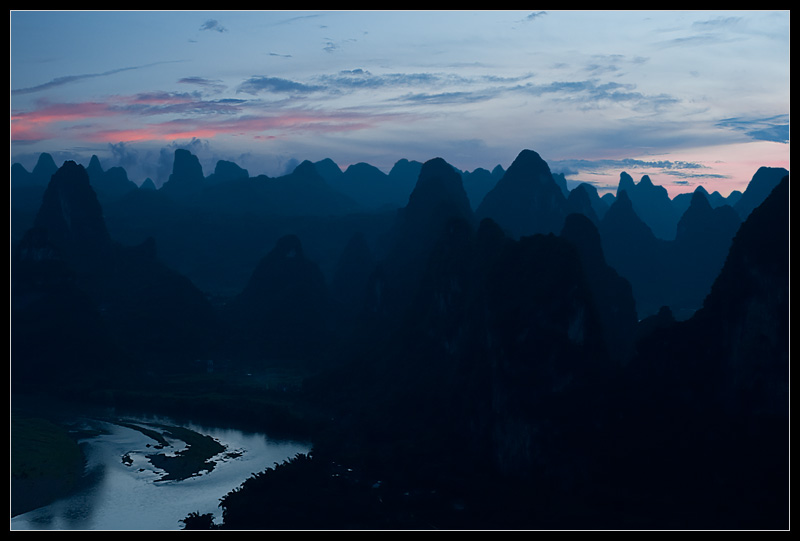 River and Karst rock formations. - Xingping, Guanxi, China - Daily Travel Photos