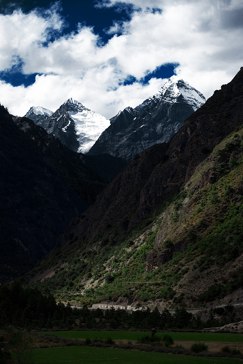 Himalayan mountains in a remote part - Bangda, Tibet - Daily Travel Photos