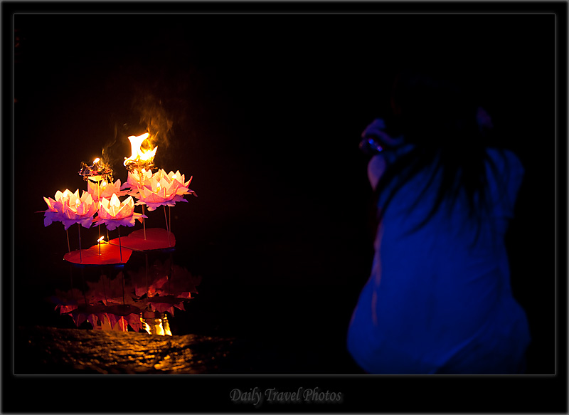 River Candles Hearts Flower floating boat - Fenghuang, Hunan, China - Daily Travel Photos