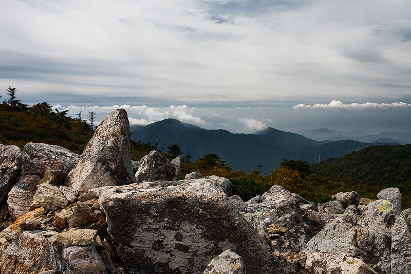 Rear Cloudy Peaks Stones - Seoraksan, South Korea - Daily Travel Photos
