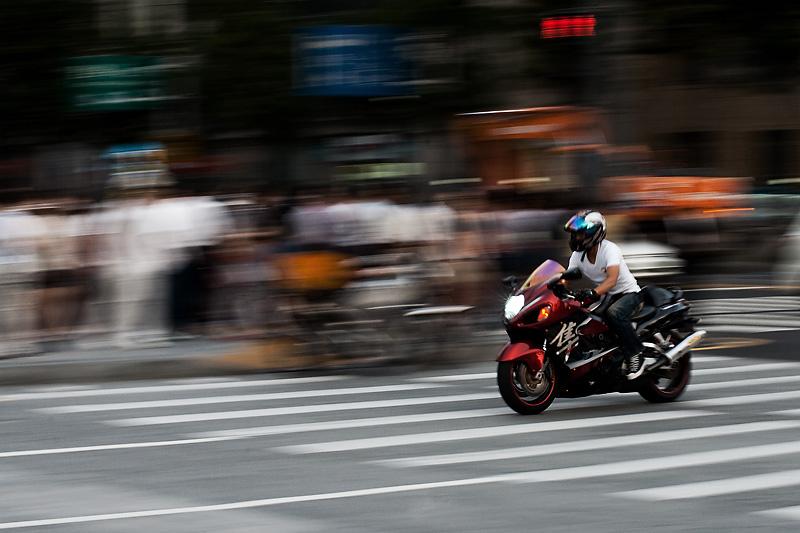 Motorcycle Blur Pan Crotch Rocket - Seoul, South Korea - Daily Travel Photos