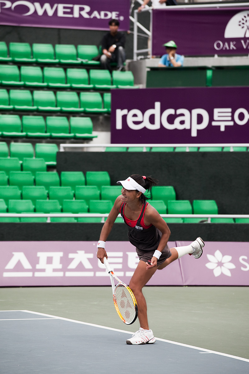 Kimiko Date Krumm Serve Tennis - Seoul, South Korea - Daily Travel Photos