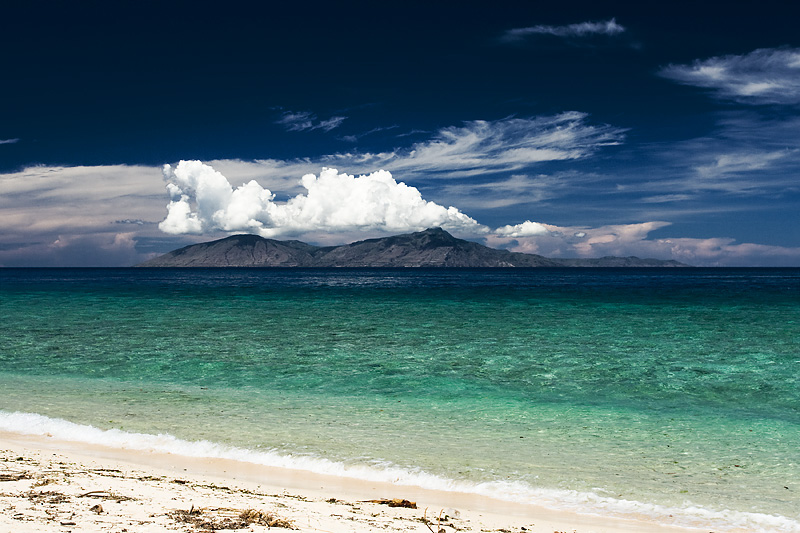 Beach Clear Turquoise Waters Island - Dili, East Timor - Daily Travel Photos