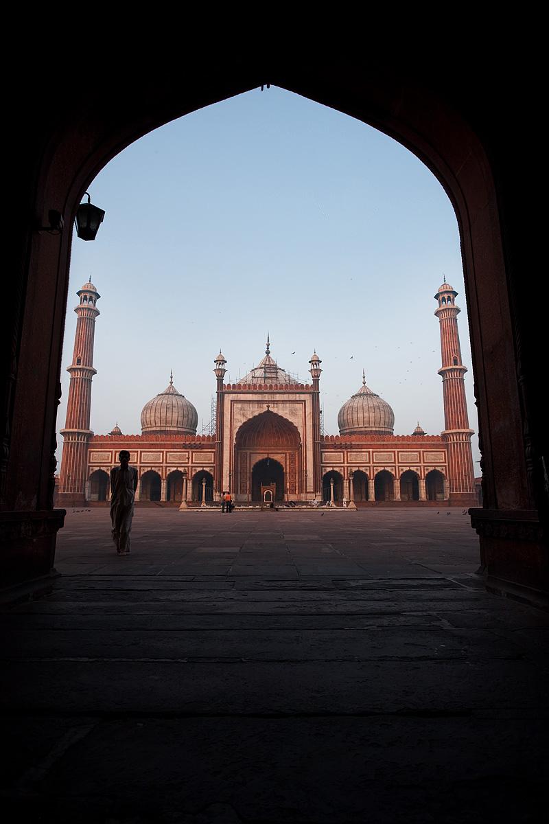 Jama Masjid Main Mosque East Gate Muslim Man - Delhi, India - Daily Travel Photos