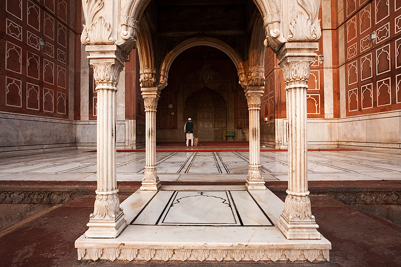 Muslim Man Prayer Hall Entrance Jama Masjid Main Mosque - Delhi, India - Daily Travel Photos