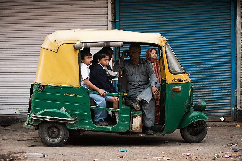 School  Bus Transportation Children Auto Rickshaw Boys Driver - Delhi, India - Daily Travel Photos
