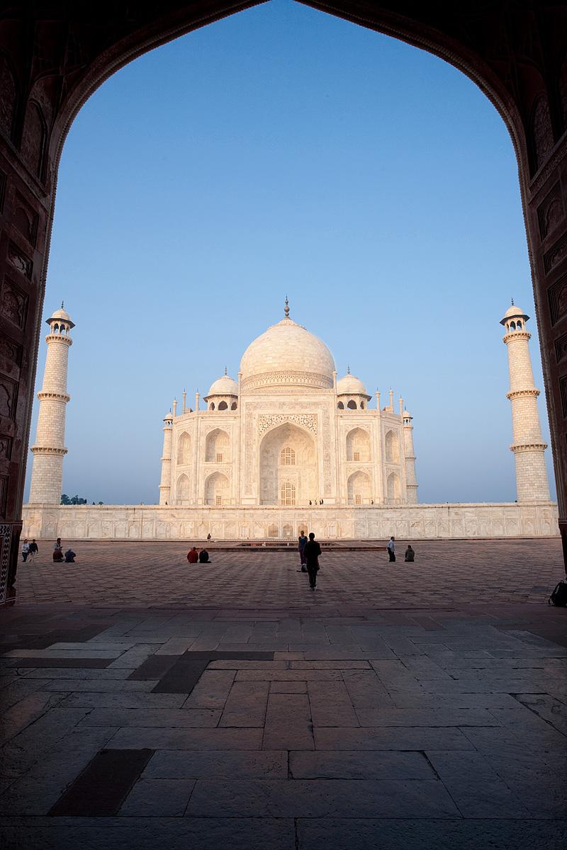 The Taj Mahal framed by the immense gates of its neighboring building, the jawab. - Agra, Uttar Pradesh, India - Daily Travel Photos