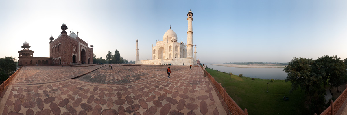 The Northeast corner of the Taj Mahal. - Agra, Uttar Pradesh, India - Daily Travel Photos