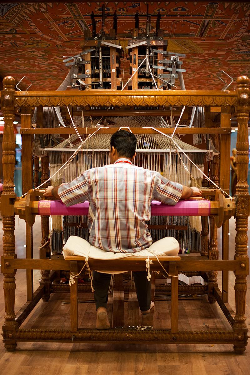 A weaver creates a saree work of art using an extremely intricate handloom. - Tirunelveli, Tamil Nadu, India - Daily Travel Photos
