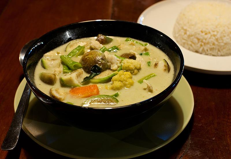 Gaeng Kieow Waan:  Thai Green Curry. - Ko Lipe, Thailand - Daily Travel Photos