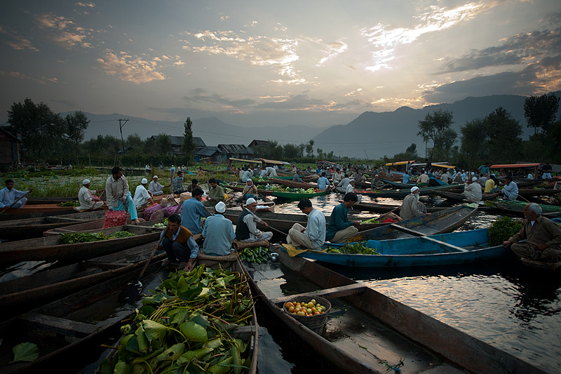 The end nears for the morning floating vegetable market. - Srinagar, Kashmir, India - Daily Travel Photos