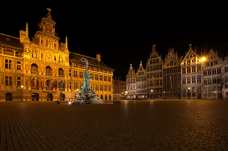 City hall, Brabo Fountain and guildhouses in the northwest corner of Grote Markt. - Antwerp, Belgium - Daily Travel Photos