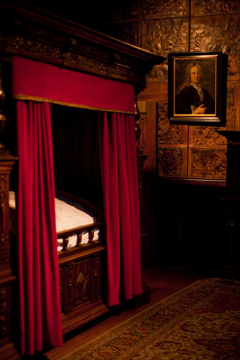 The bedroom of Jan Moretus in the Plantin-Moretus museum. - Antwerp, Belgium - Daily Travel Photos