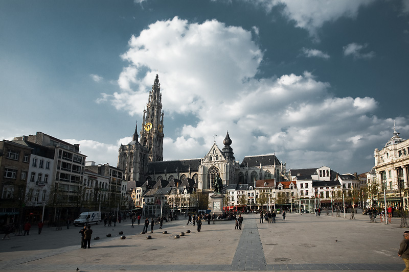 The Cathedral of Our Lady (Onze-Lieve-Vrouwekathedraal) towers over grand place (groenplaats). - Antwerp, Belgium - Daily Travel Photos