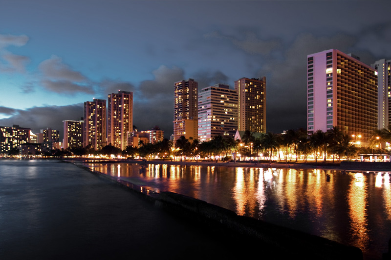 Waikiki beach at night. - Honolulu, Hawaii, USA - Daily Travel Photos