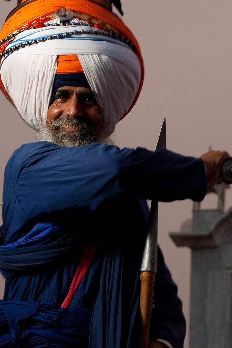Outtakes of the elder chief of the Paonta Sahib gurudwara. - Paonta Sahib, Himachal Pradesh, India - Daily Travel Photos