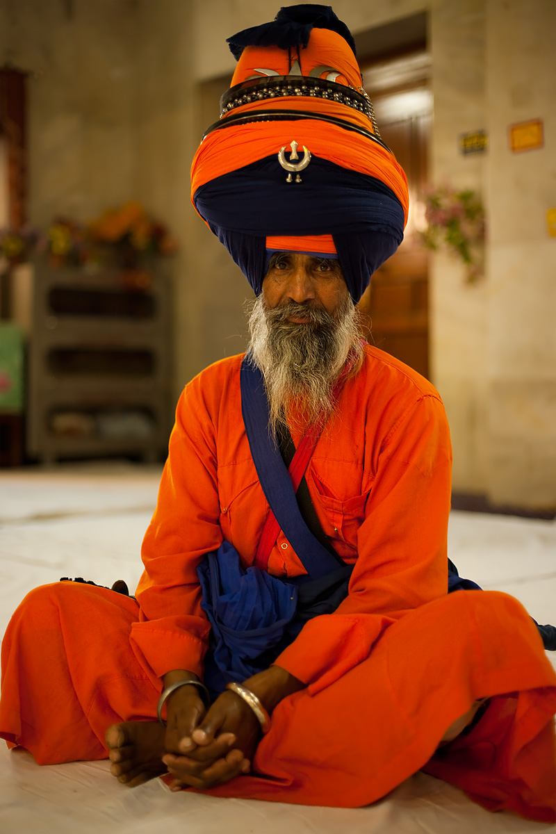 Large turbaned Sikh leader of the Paonta Sahib Gurudwara. - Paonta Sahib, Himachal Pradesh, India - Daily Travel Photos