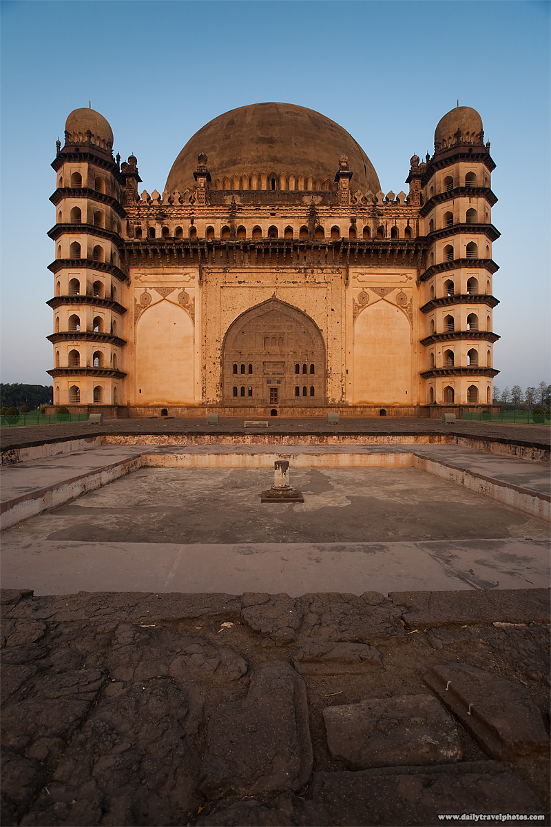 Golgumbaz mausoleum tomb - Bijapur, Karnataka, India - Daily Travel Photos