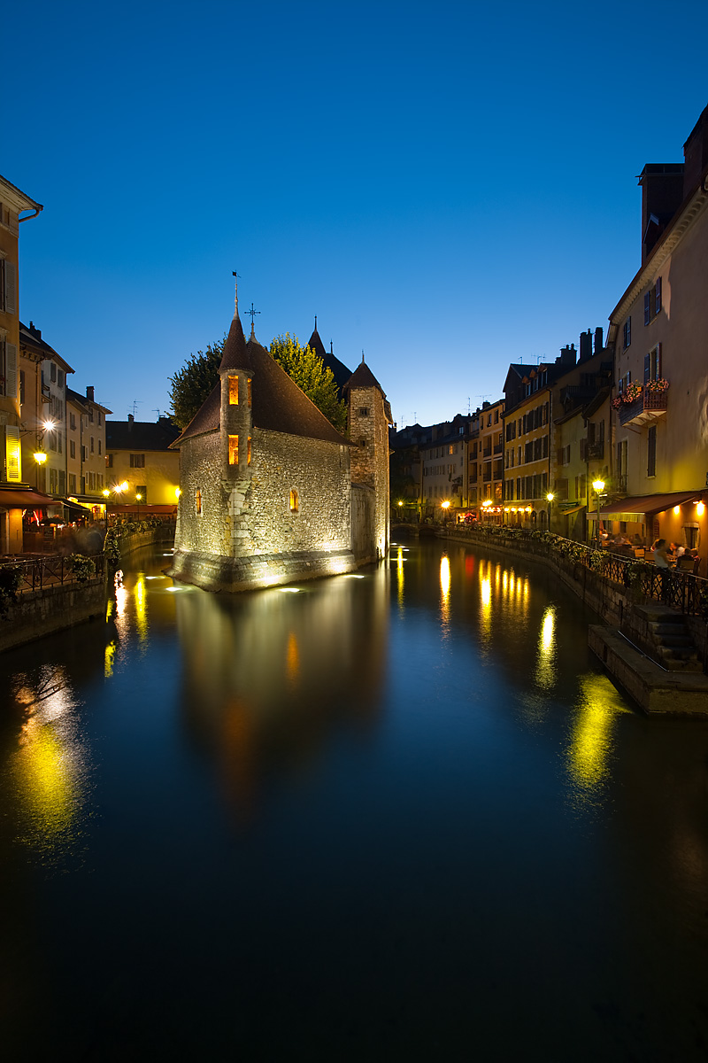 Palais de l'isle, the old prison long exposure - Annecy, Haute-Savoie, France - Daily Travel Photos