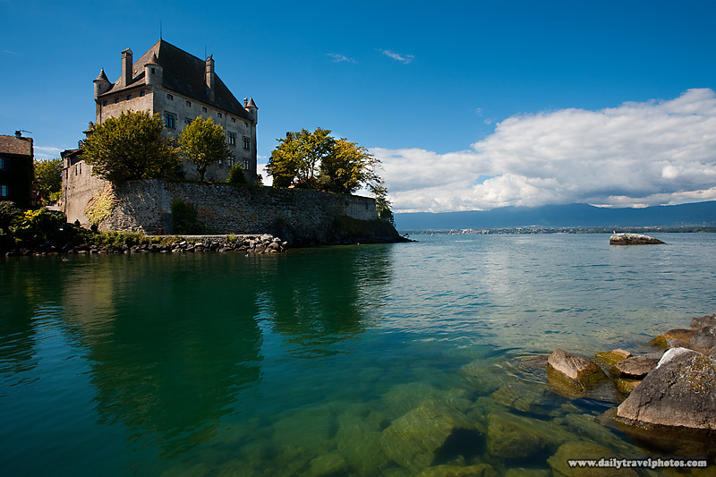 Landscape view of Yvoire's lakeside castle on Lake Geneva - Yvoire, Haute-Savoie, France - Daily Travel Photos