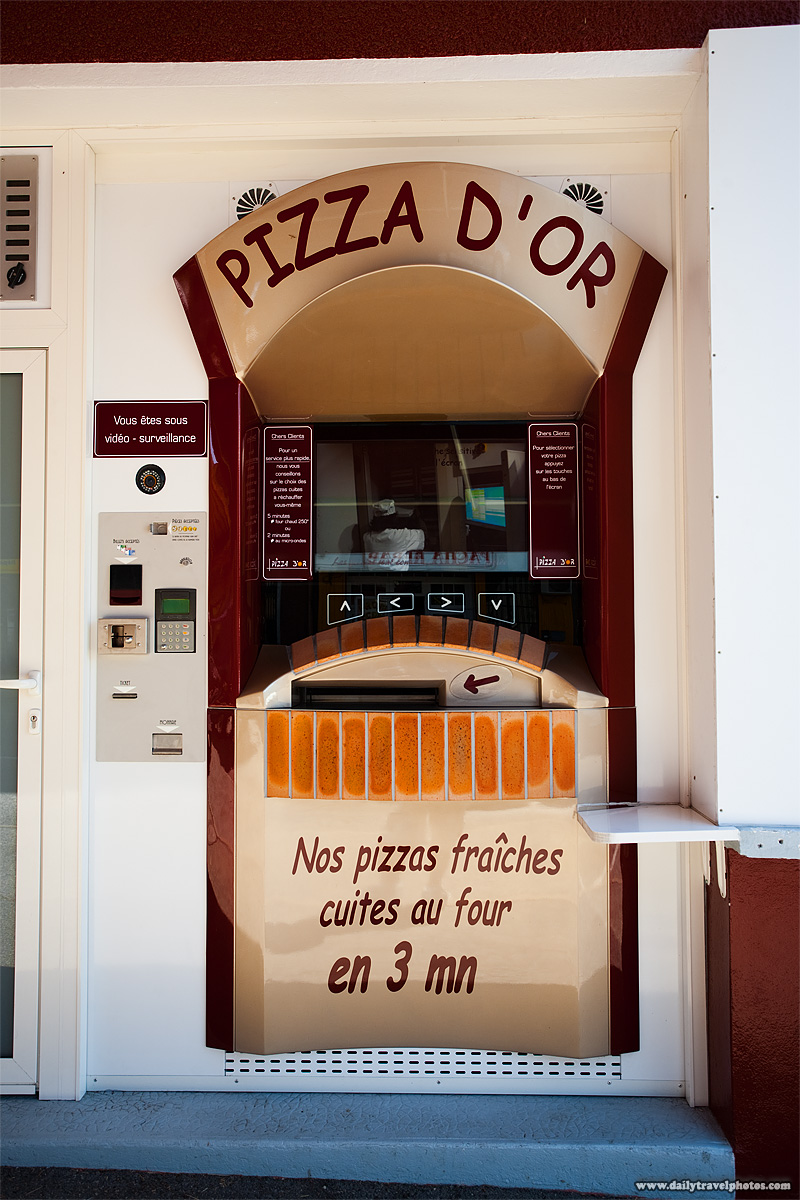 Roadside automated pizza vending machine - Thonon les Bains, Haute-Savoie, France - Daily Travel Photos