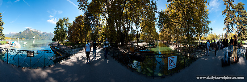 360 degree user-controlled panorama of the Pont Des Amours and Annecy Lake - Annecy, Haute-Savoie, France - Daily Travel Photos