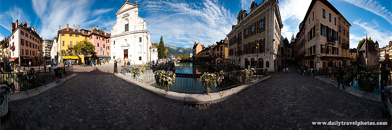 360 degree panorama of the Palais de l'isle bridge - Annecy, Haute-Savoie, France - Daily Travel Photos