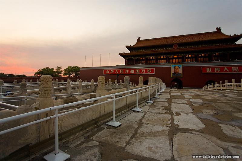 Sunset at the entrance to the Forbidden City - Beijing, China - Daily Travel Photos