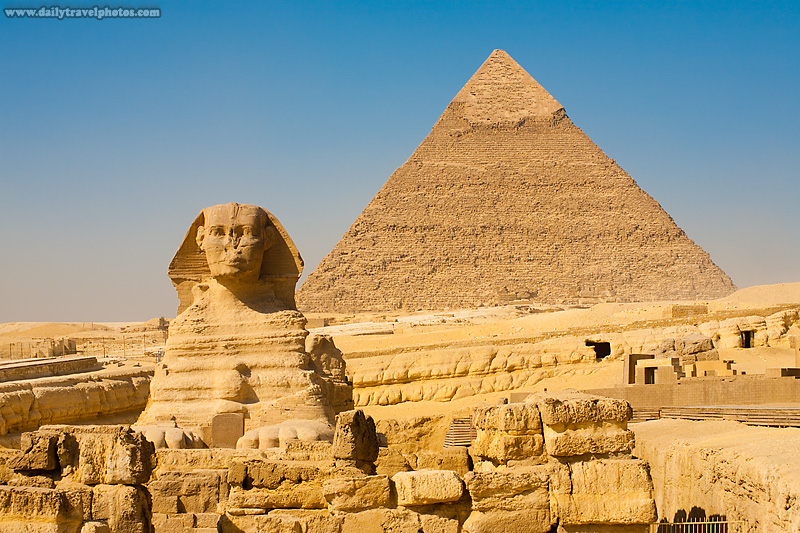 Sphinx Pyramid Khafre Nobody - Cairo, Egypt - Daily Travel Photos