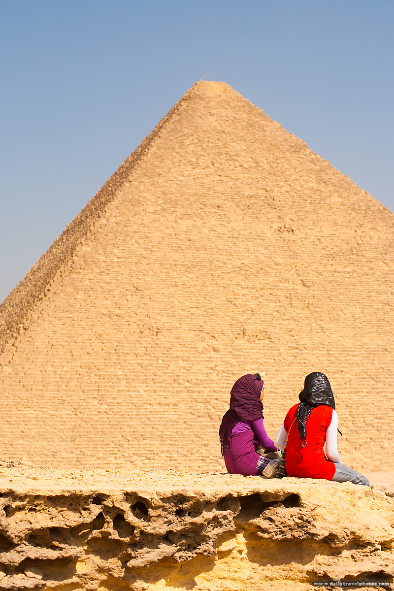 Pyramid Khufu Cheops Young Egyptian Girls Friends - Cairo, Egypt - Daily Travel Photos