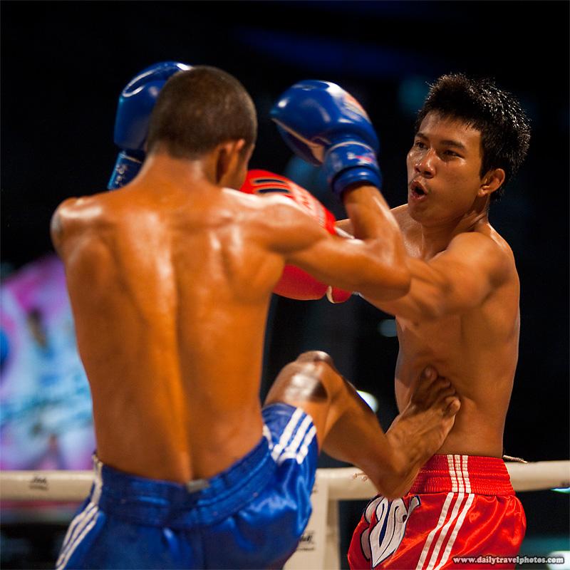Muay Thai Kickboxing Kick Stomach - Bangkok, Thailand - Daily Travel Photos