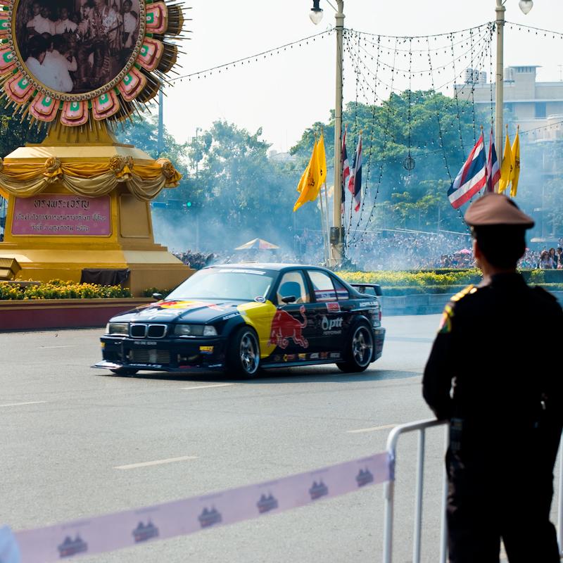 Stunt Cars Formula One F1 Red Bull Ratchadamnoen - Bangkok, Thailand - Daily Travel Photos