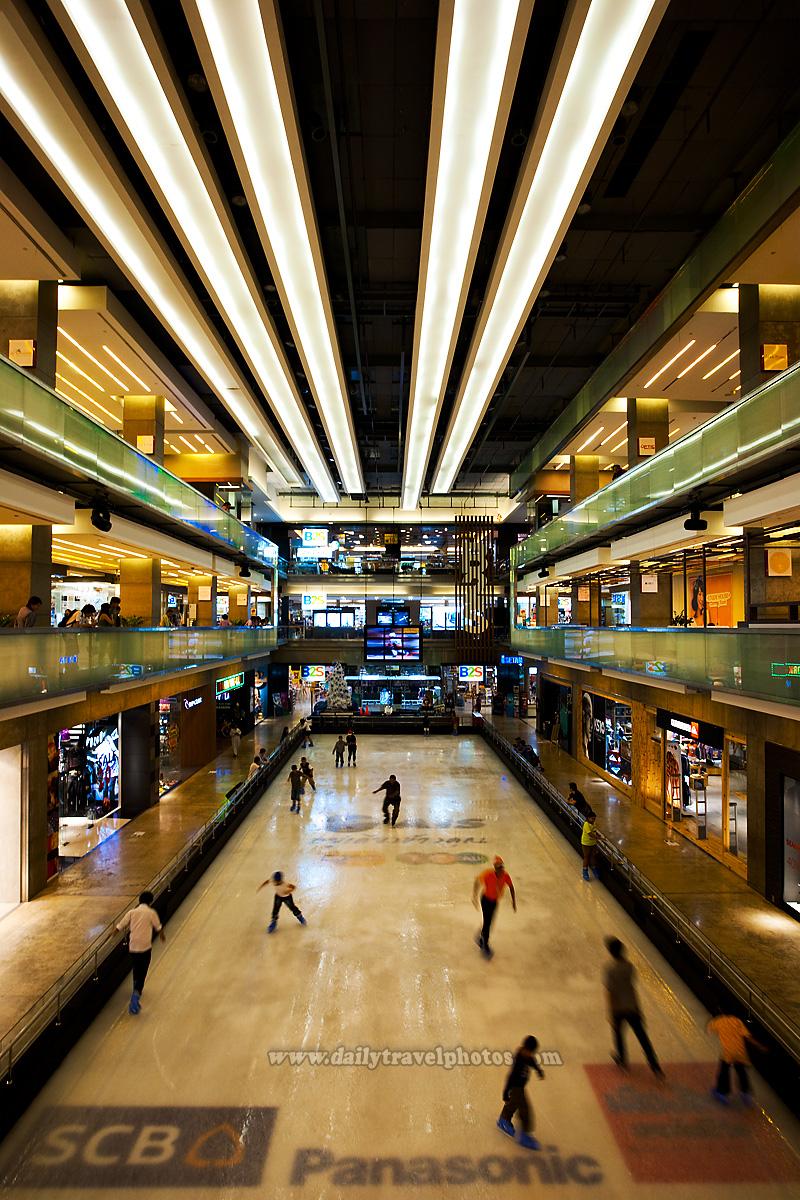Ice Skating Rink Mall Central World - Bangkok, Thailand - Daily Travel Photos