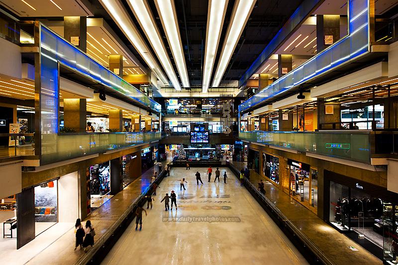 Ice Skating Rink Central World Mall B2S - Bangkok, Thailand - Daily Travel Photos