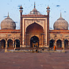Birds of Pray Photo: Birds blur by at Jama Masjid, the main mosque in Delhi (ARCHIVED PHOTO on the weekends - originally photographed 2009/11/09).
