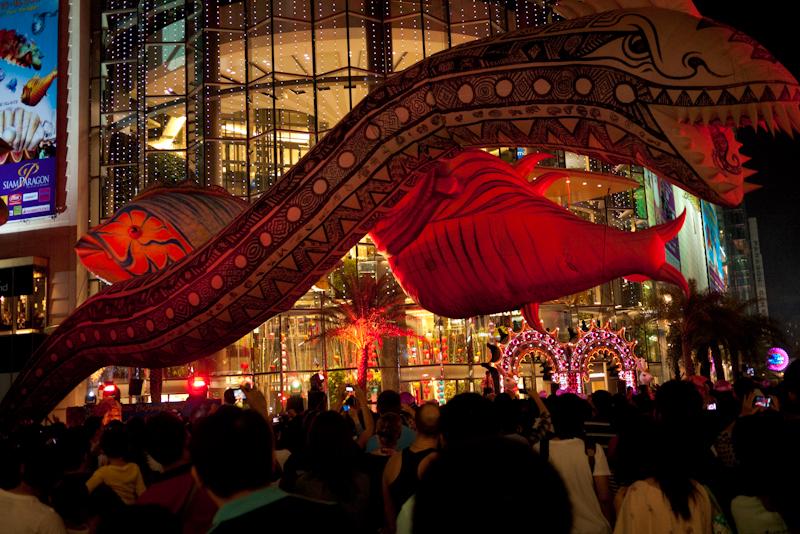 Balloon Sea Creatures Snake Fish Flying Fantasy Performance - Bangkok, Thailand - Daily Travel Photos
