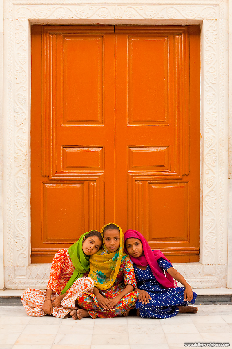 Sikh Girls Door Gurudwara - Paonta Sahib, Himachal Pradesh, India - Daily Travel Photos