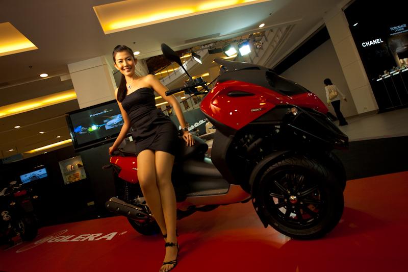 Beautiful Thai Model Motorcycle Show Piaggio Booth Central World - Bangkok, Thailand - Daily Travel Photos