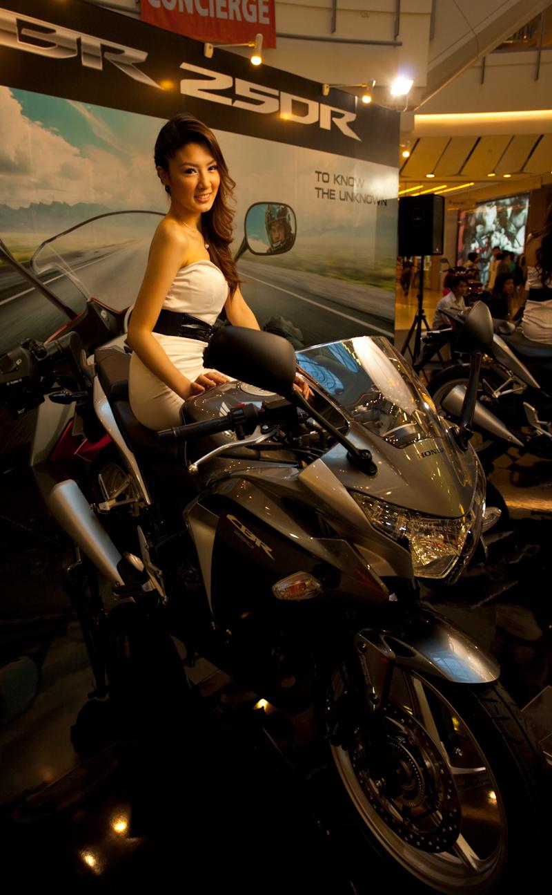 Thai Model Honda Booth Motorcycle Show Central World - Bangkok, Thailand - Daily Travel Photos