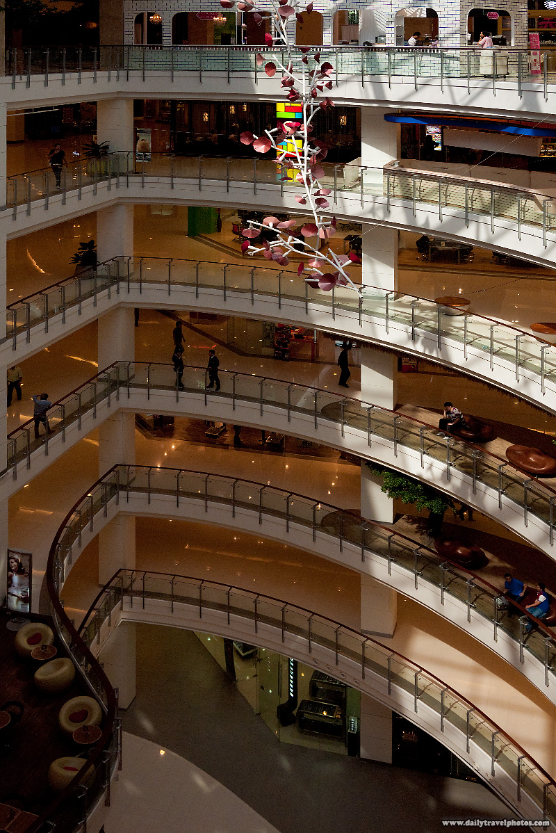Levels Central World Atrium Top Floor - Bangkok, Thailand - Daily Travel Photos