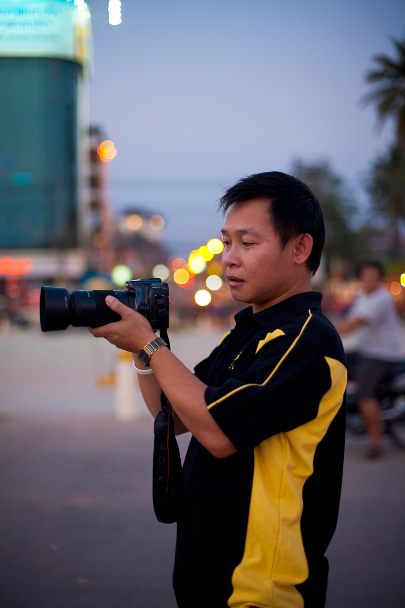 Laotian Sony DSLR Promenade - Vientiane, Laos - Daily Travel Photos