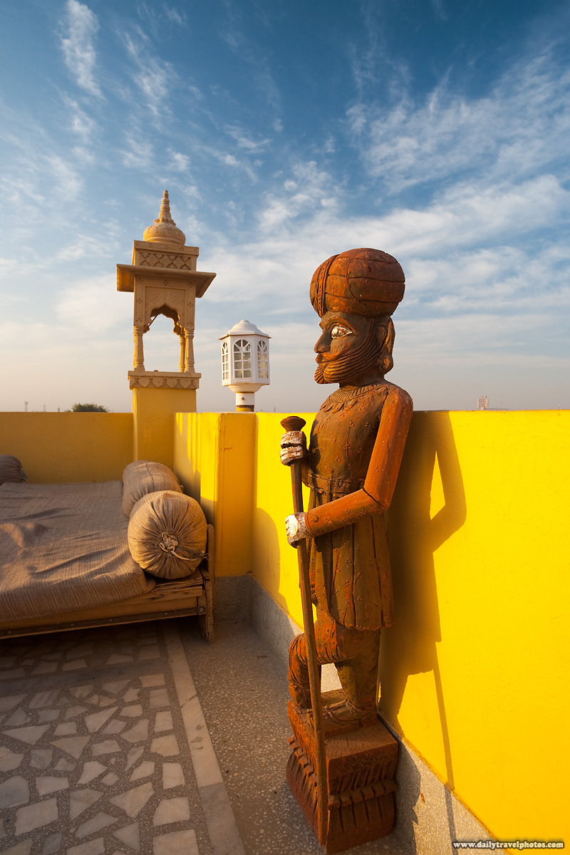 Rooftop Lounge Hotel Statue Raj Servant - Jodhpur, Rajasthan, India - Daily Travel Photos