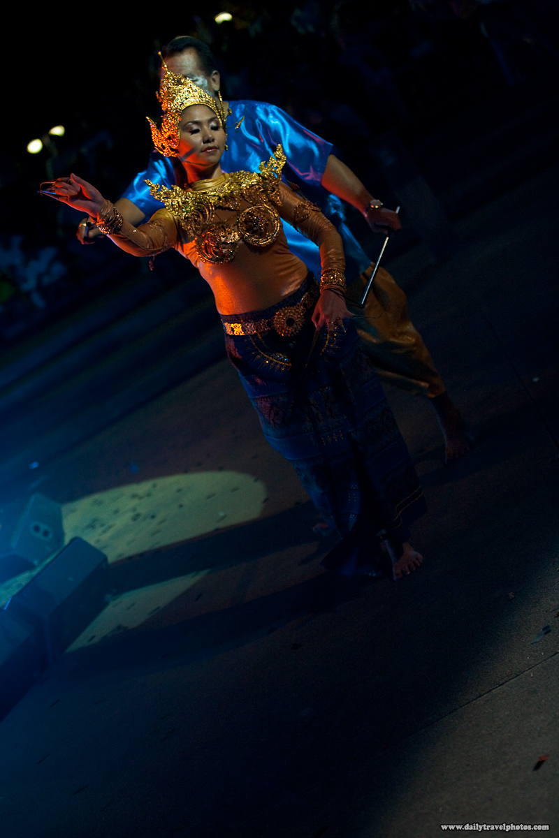 Marionette Humans Control Traditional Thai Dance Night Performance - Bangkok, Thailand - Daily Travel Photos