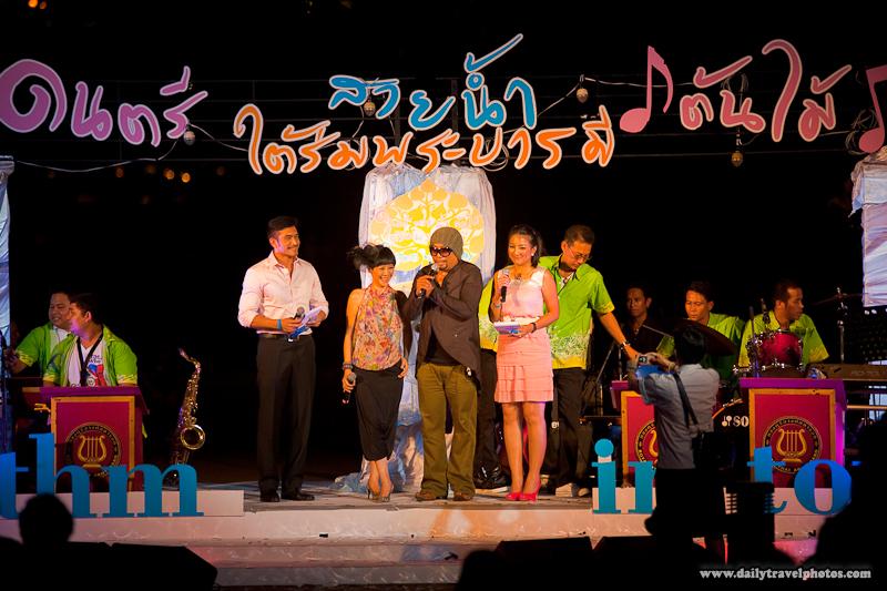 Master of Ceremony Singers Big Band Thai Performance Night - Bangkok, Thailand - Daily Travel Photos