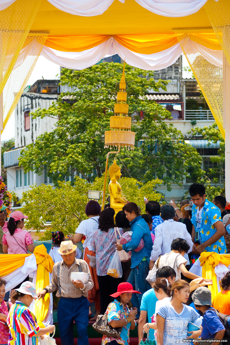 Holy Phra Puttha Sihing Buddha During Songkran At City Hall To Bathe Perfume - Bangkok, Thailand - Daily Travel Photos
